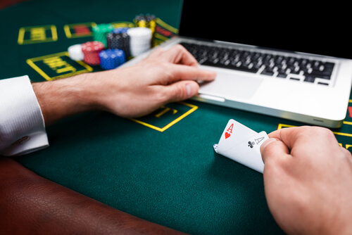 Online Casinos: Advantages and Features