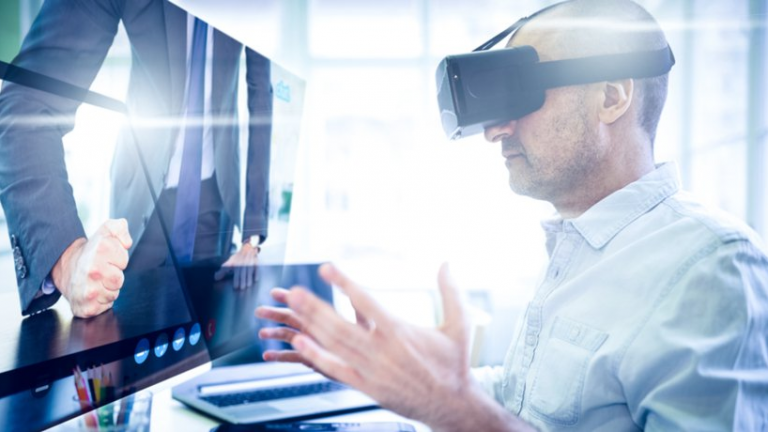 According to a Top Virtual Corporate Training Source, All Corporations Should Be Utilizing Virtual Reality